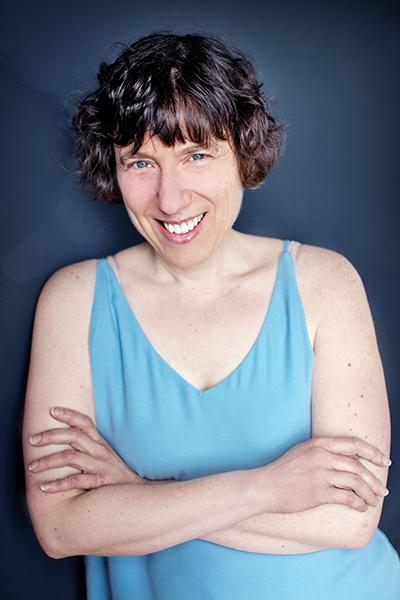 Writing Consultant Linda Dessau